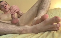 Twink with slender feet